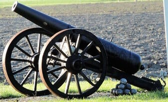 cannon-314498_1280
