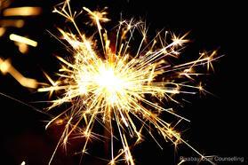 sparkler-477598_1280