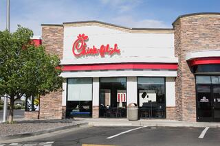 Chick-fil-a-competitive-advantage.jpg